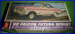 AMT 1965 FALCON FUTURA SPRINT HARDTOP VINTAGE 1/25 Model Car Mountain
