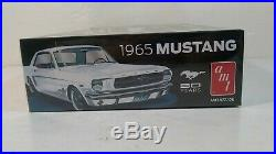 AMT 1965 Ford Mustang 50 Year Anniversary 116 Scale Model Kit # 872/06