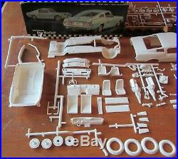 AMT 1967 Ford Mustang GT Fastback 3-in1 Annual Kit # 6167 Unbuilt in Box 67