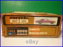 AMT 1968 BUICK RIVIERA 3N1 ANNUAL 6558 1/25 Model Car Mountain Vintage