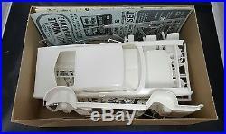 AMT 1968 Ford Galaxie XL 1/25 Model Car Customizing Kit 6128-200