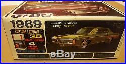 AMT 1969 Chevy Impala Model Kit # Y909-200 NOS