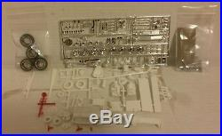 AMT 1/25 1963 Ford Pickup Truck WithGo Car Original Kit #8133-200 Very Rare