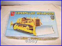 Amt 1/25 Caterpillar Bulldozer Dbh #t818, New, Ob