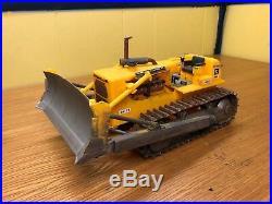 AMT 1/25 Cat D8H Crawler Dozer Blade Works Tracks Roll Weathered Built