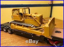 AMT 1/25 Cat D8H ROPS Crawler Dozer Blade Works Tracks Roll Custom Built