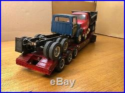 AMT 1/25 Ford Louisville Lugger T508 Lowboy Hauling Ford 8000 & Dump Truck