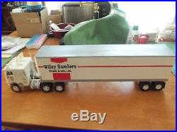 AMT 1/25 scale truck and trailer built Sanders Trucking