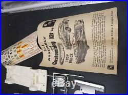 AMT 2 #-430 1959 BUICK INVICTA HARDTOP ANNUAL 1/25 Model Car Mountain
