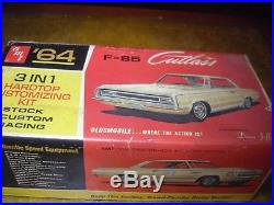 AMT 5024 1964 Cutlass HT Original Dean Jeffries Customizing kit Unbuilt NICE