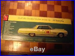 AMT 6524 1964 Buick Wildcat Hardtop Cushenbery Customizing kit Unbuilt complete