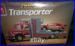 AMT 6636 TENNESSEE THUNDER TRANSPORTER PULLING TEAM FORD TRUCK 1/25 McM FS