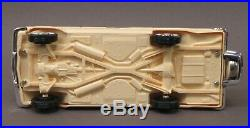 AMT #77760-139 1960 CHEVROLET IMPALA CONVERTIBLE model kit 125 PRO-BUILT p1
