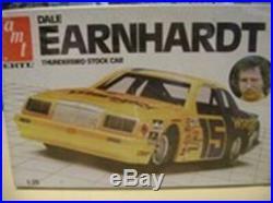 AMT 8046 Dale Earnhardt Thunderbird Stock Car model kit
