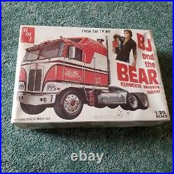 AMT BJ and the BEAR KENWORTH aerodyne cabover 1/25 Scale #5021 Factory Sealed