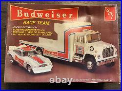 AMT BUDWEISER RACE TEAM 1/25 NIOB! VINTAGE RARE Ford Transporter Mustang II