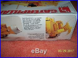 AMT Caterpillar D8H bulldozer, open. Made in the USA
