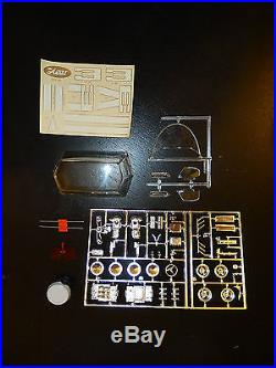 AMT Chevrolet's Experimental Astro I 1/25 Scale Model COMPLETE