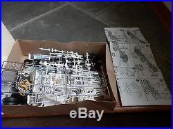 AMT ERTL AERODYNE COE Model kit KENWORTH Truck Kit Cabover 1/25 SCALE USA made