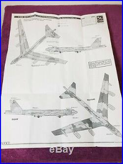 AMT ERTL Boeing Late Model B-52G Stratofortress USAF 172 Scale Brand NEW