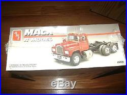 Amt Ertl Mack R Model Kit 6129 New In Sealed Box 125 Scale Free Shipping