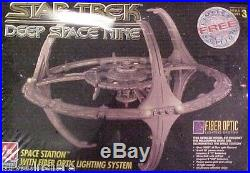 AMT ERTL Star Trek Deep Space Nine Kit # 8764 New in Box