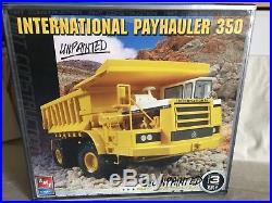 AMT Ertl 125 Plastic Model Kit International Payhauler 350 Off-road Dump Truck
