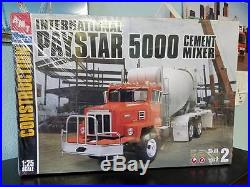 AMT/Ertl #31008 International Paystar 5000 cement mixer. 1/25th scale