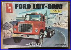 AMT Ford LNT-8000 Big Rig Plastic Truck Model Louisville 1/ 25 # T-504