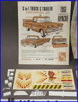 AMT K-721-200 1961 CHEVROLET PICKUP TRUCK & TRAILER kit 125 PRO-BUILT & box p1