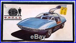 AMT- MAN FROM UNCLE Piranha Super Spy Car (1967)