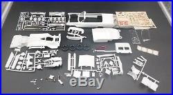 AMT #MO2 06513 1963 BUICK ELECTRA 225 CONVERTIBLE ANNUAL 1/25 Model Car Mountain