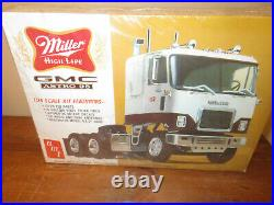 AMT Miller High Life GMC Astro 95 Sealed 1/25