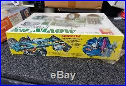 AMT Movin On 1/25 Scale Kenworth Truck Tractor T560 Model Kit FACTORY SEALED NOS