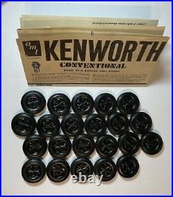 AMT Movin On Kenworth Truck Tractor 1/25 Scale Plastic Model Kit T560 1977