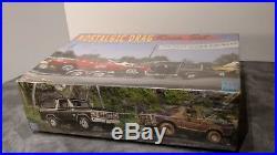 AMT Nostalgic Drag Race Set Bronco Cougar Trailer 1/25 # 21713P SEALED