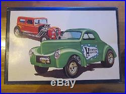 AMT SHOW'n GO-40 Willys/32 Ford Double Kit #2332 1/25 Scale-Model Car