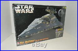 AMT Star Wars Star Destroyer Model Kit New in Box 148 Scale RP 80E