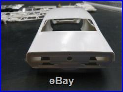 AMT T348 MAVERICK RIGHT ON PRO STOCK Model Car Mountain 1/25 COMP