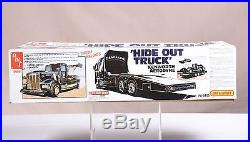 AMT Tyrone Malone Bandag Hide Out truck (opened)