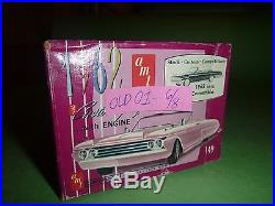 AMT Vintage 1962 FORD GALAXIE CONVERTIBLE Model Car Mountain 1/25 K112