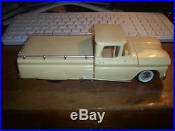 Amt 1960 Chevrolet Pick Up Annual Built Up Vintage Original Screwbottom