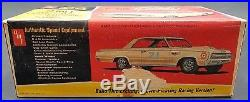 Amt 1964 Oldsmobile Cutlass Hardtop F85 Annual 5024 Model Car Mountain 1/25