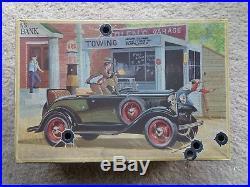 Amt 32 Ford Roadster Bonnie & Clyde 1/25 Stock Custom Drag Original Rare Vintage