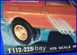 Amt Chevrolet Vega Van Funny Car 1/25 Scale Model Kit