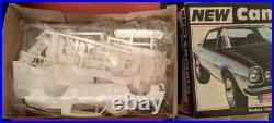 Amt Chevy Camaro Plastic Model Car Kit 1/25