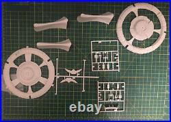 Amt Ertl Star Trek Deep Space Nine DS9 Fibre Optic Model Kit Started 8764