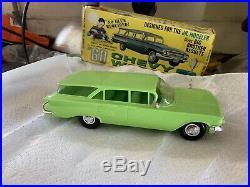 Amt Junior Trophy Series 1960 Chevy Wagon