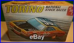 Amt T391 Ford Torino Nascar Oval Track Racer 1/25 Model Car Mountain