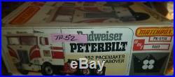 Amt T551 Peterbilt Budweiser 352 Pacemaker Truck Model Car Mountain 1/25 Comp